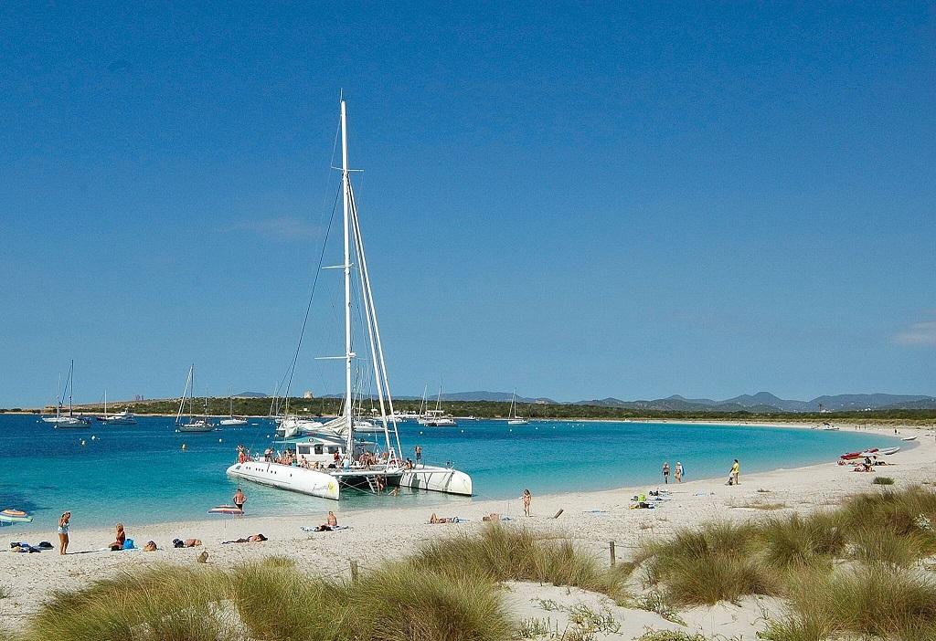 B. Catamaran Formentera Star