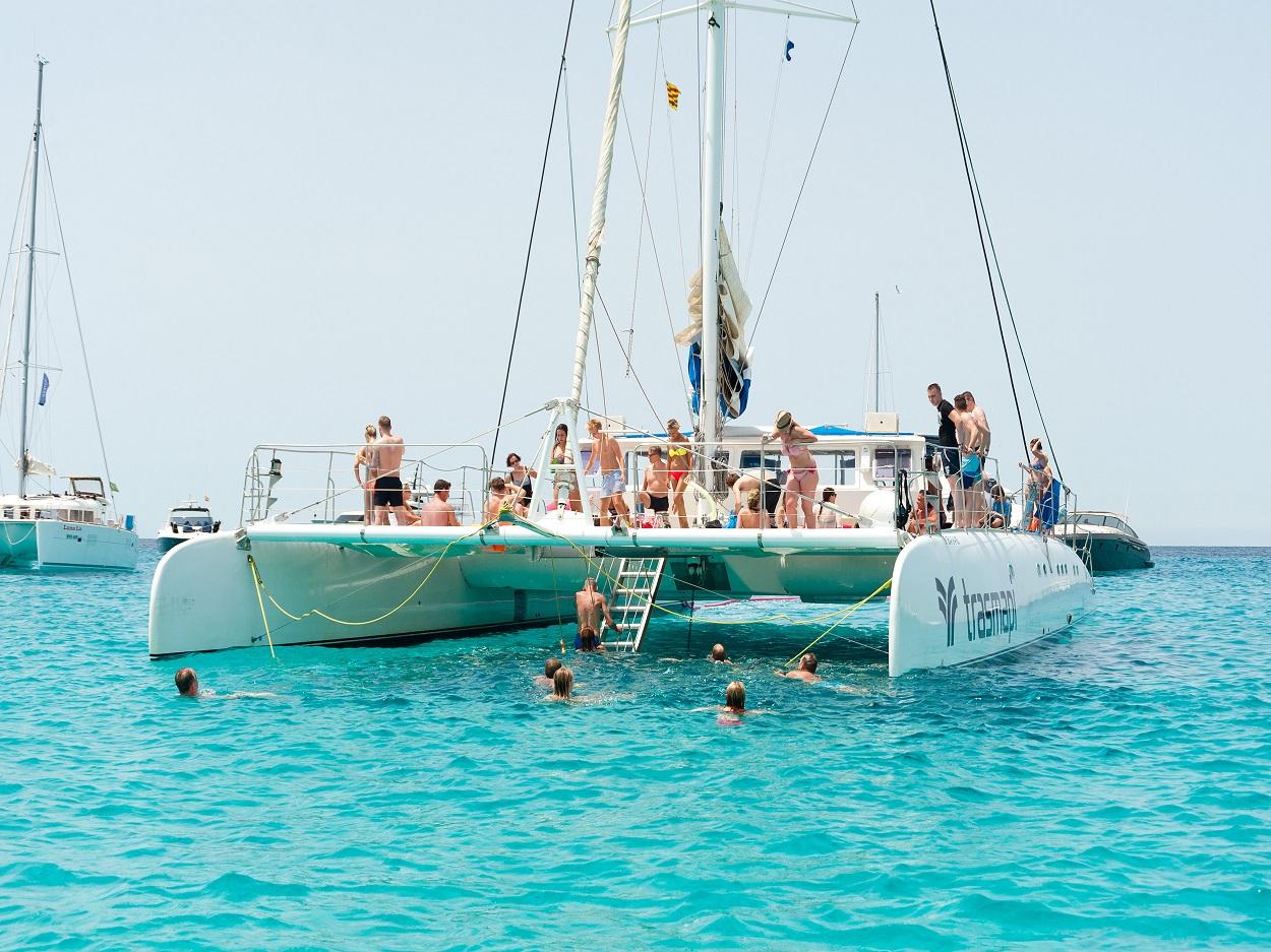 HETibiza catamaran naar Formentera