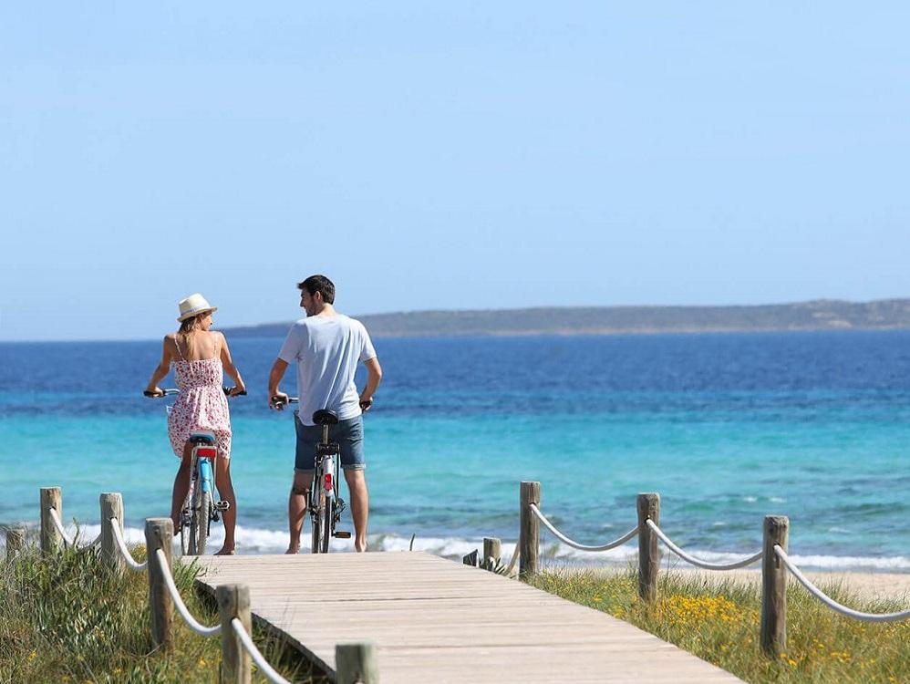 HETibiza dagretour Ibiza-Formentera