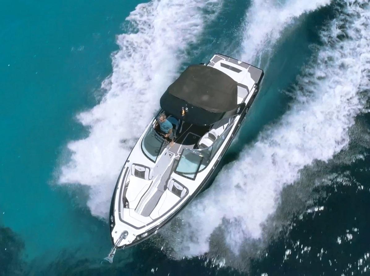 HETibiza motorboot Monterey